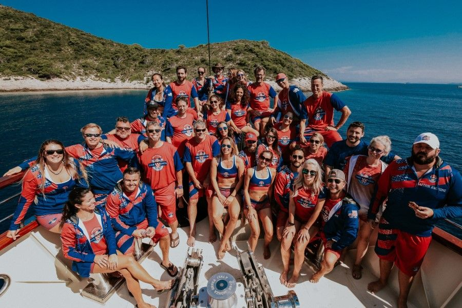 Sailing in Croatia, group photo (900 x 600).jpg