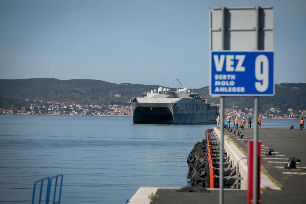 U.S._Naval_Ship_Yuma_arrives_in_Zadar_Croatia_Sgt._Alexandra_Shea.jpg