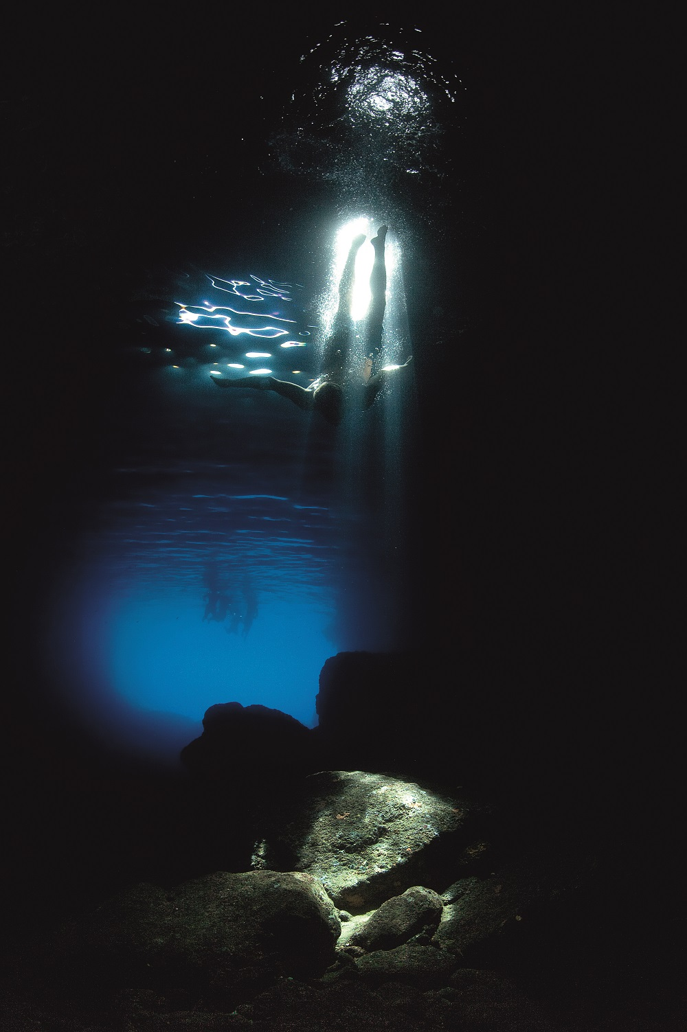 17. The swimmer in the green cave Photo creator Ivo Pervan